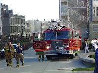 Paloauto ja -miehistö tosi toimissa? ;)