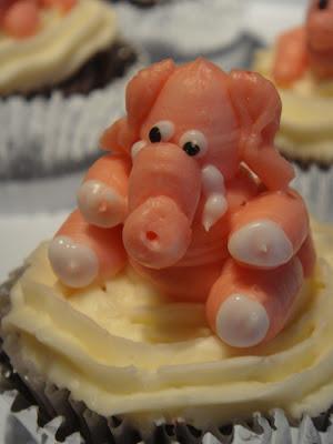 pink elephant cupcake
