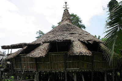 The Bidayuh headhouse