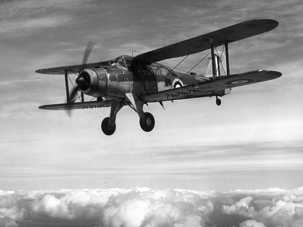 Armas da segunda guerra mundial fairey albacore for Cabine disney forte deserto