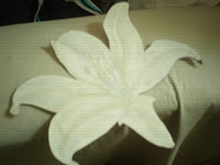 Composición floral a partir de una sola flor- Para principiantes.
