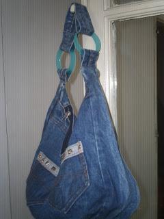 Arandelas para bolsos con tapas de desodorante.