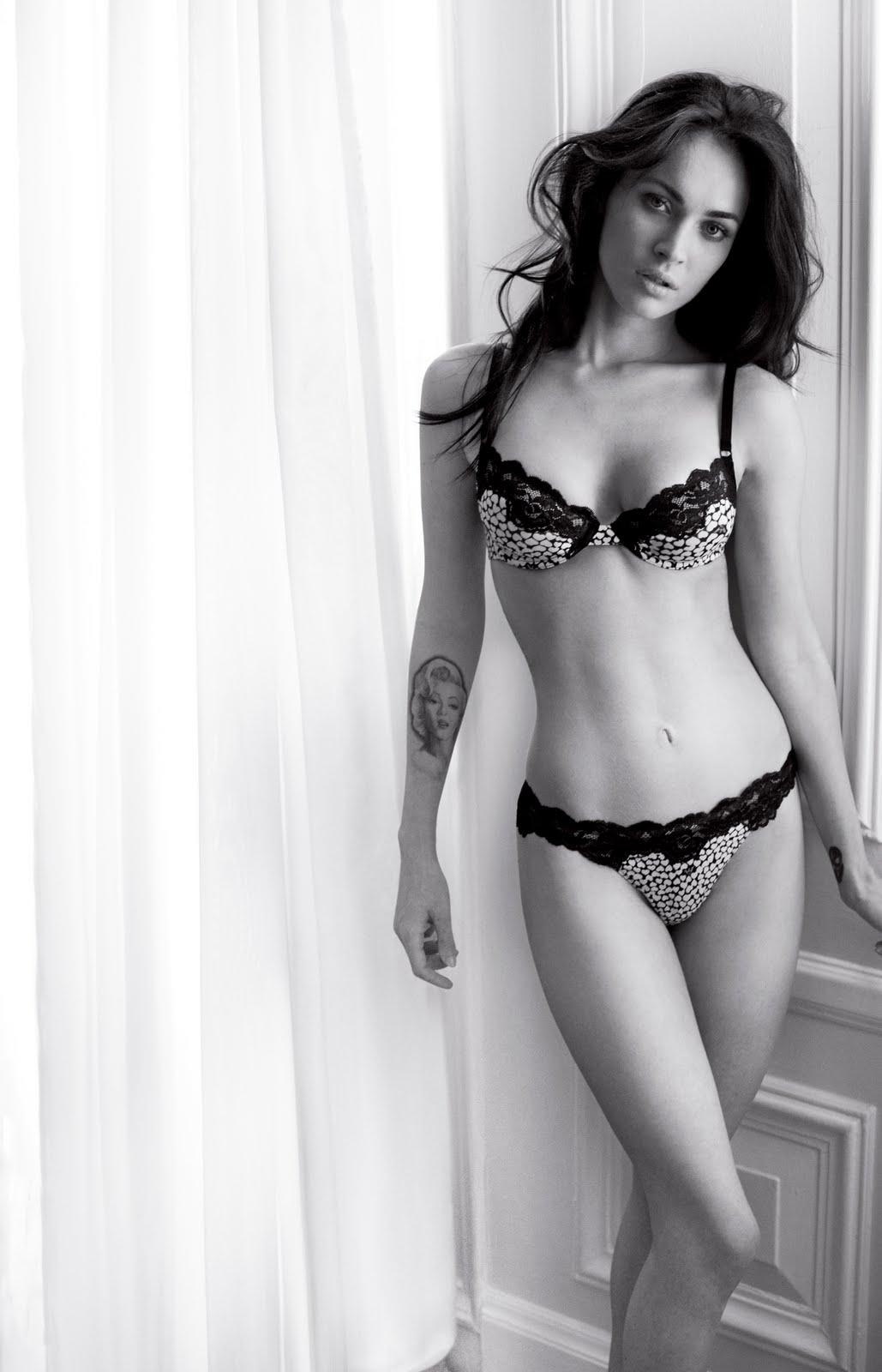 Crazy Hot Room Megan Fox Hot Hot Stills