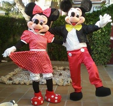 Lindos personagens vivos do Mickey e Minie para  eventos em geral