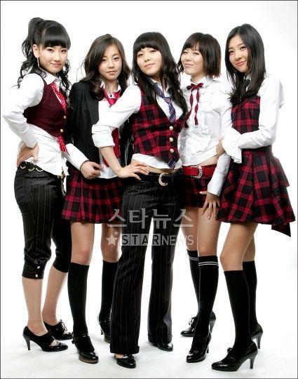 http://1.bp.blogspot.com/_1KlcQQawSZI/R1KWFmCGfwI/AAAAAAAAAGA/tO50Pu6U1ao/s1600-R/Wondergirls2.jpg