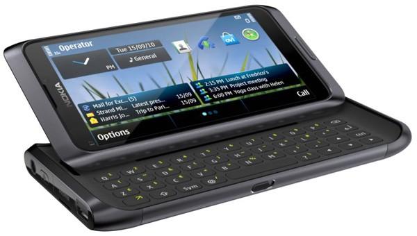 Nokia E7 Communicator, Paduan Ponsel bisnis dan Multimedia
