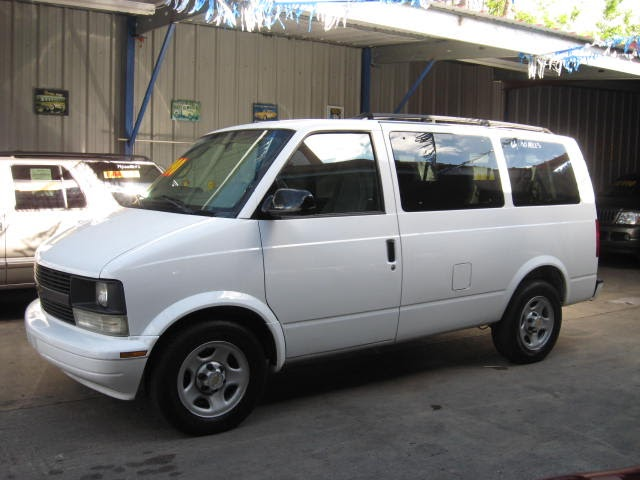 new orleans used car blog 2005 chevy astro van. Black Bedroom Furniture Sets. Home Design Ideas