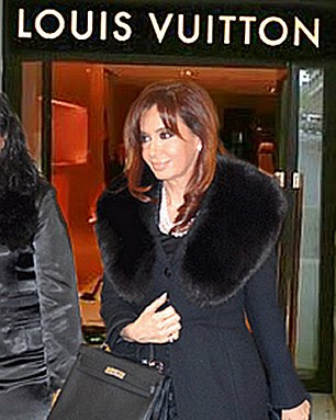 CFK en Louis Vuitton
