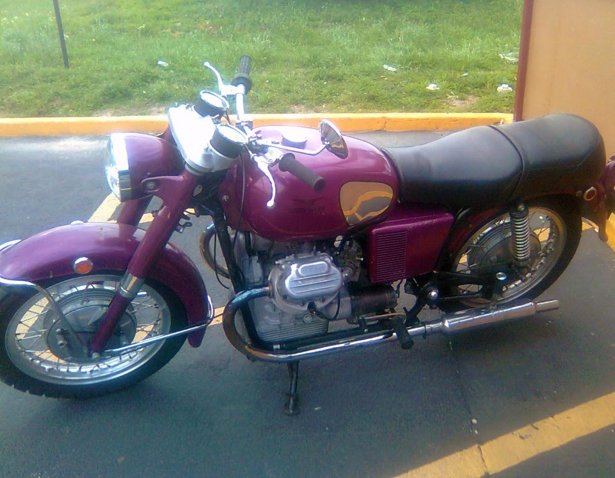 purple moto guzzi 850