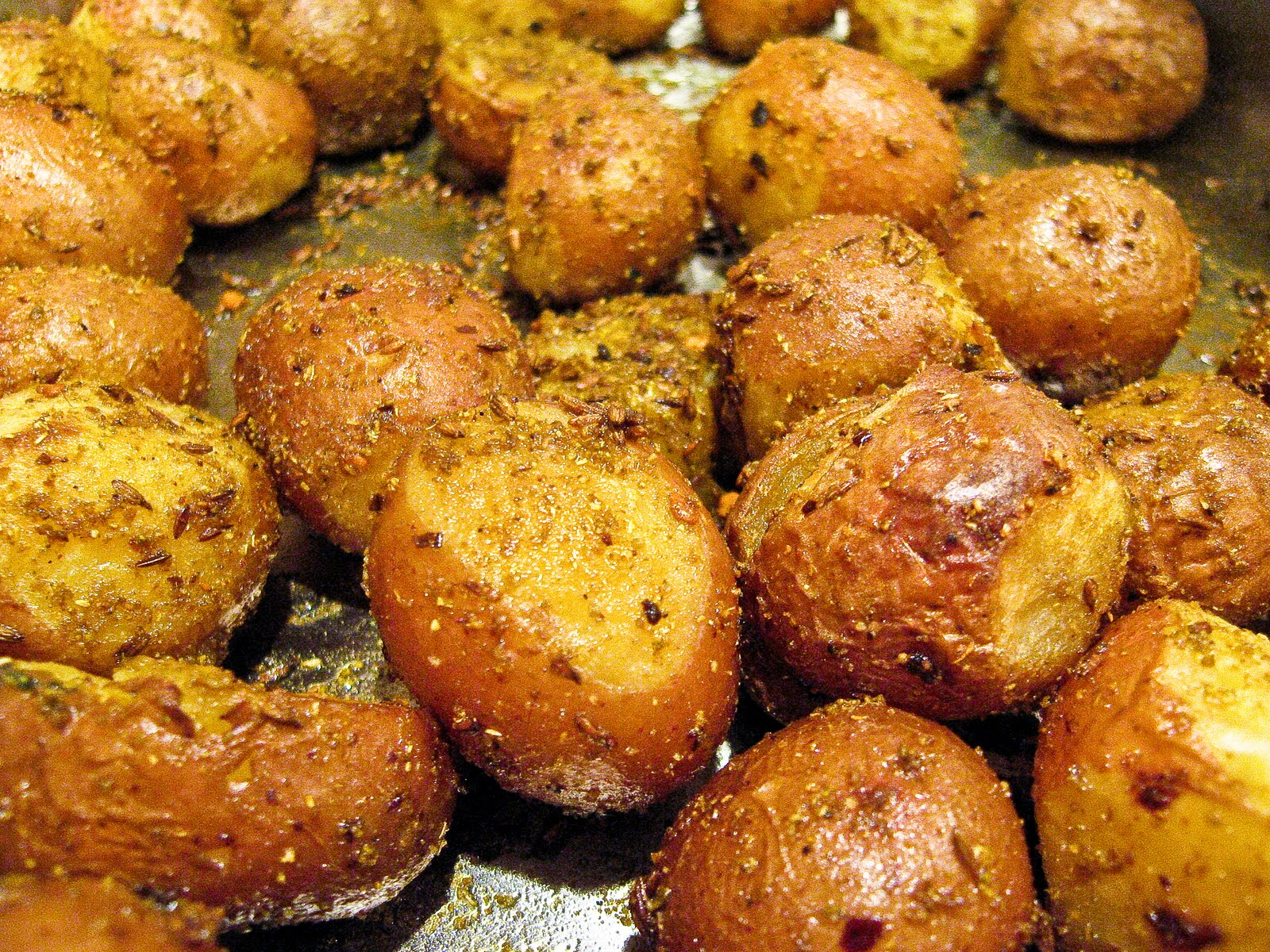 Whole Indian Spiced Baby Potatoes - The Spiced Life