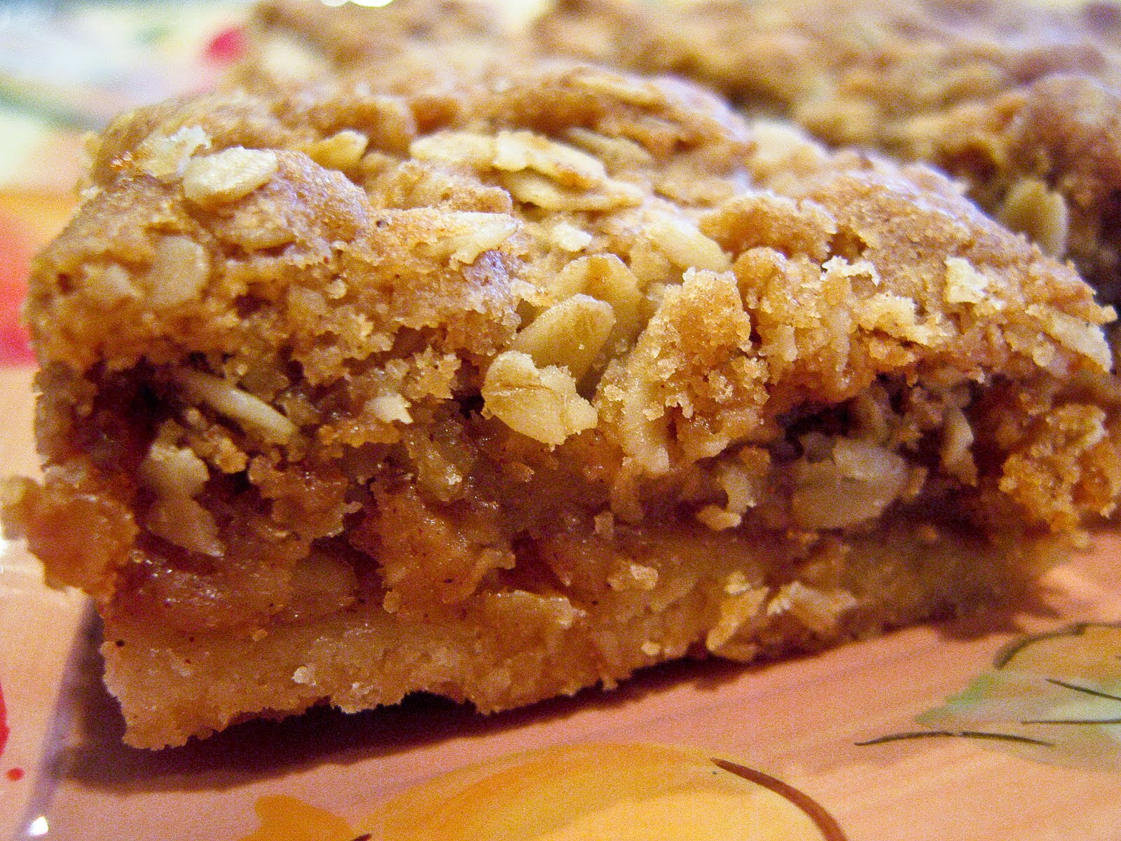 No Nut Apple Pie Bars - The Spiced Life