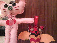 Pinky kitty and sweet owl ornament
