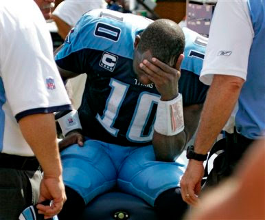 vince+young+benched.jpg