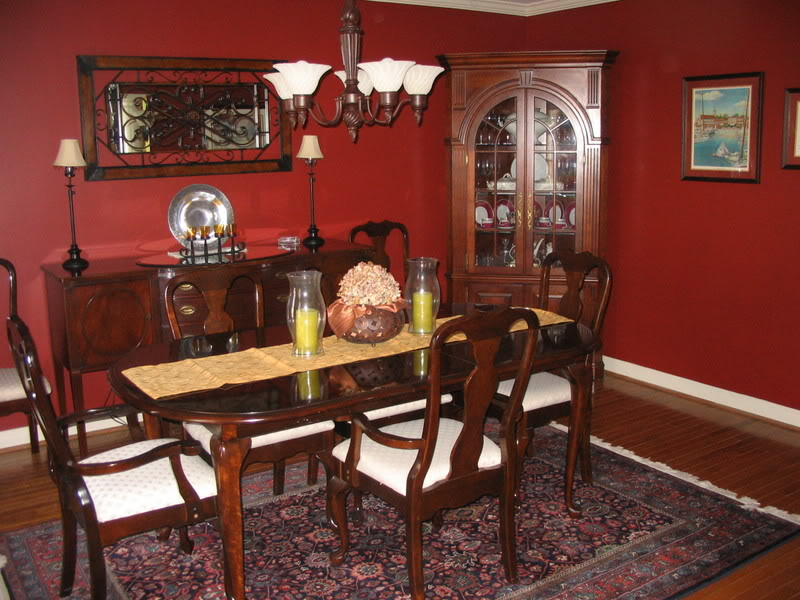 Good taste good tasting miles of red and redd for Red dining room designs
