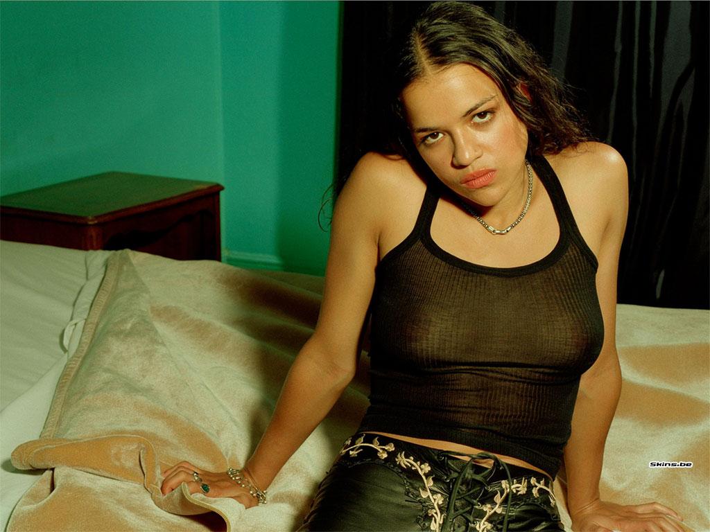 http://1.bp.blogspot.com/_1UVeDkK9zQM/TAUDPXGIIPI/AAAAAAAADpI/R8WQu_m7DSM/s1600/Michelle+Rodriguez2.jpg