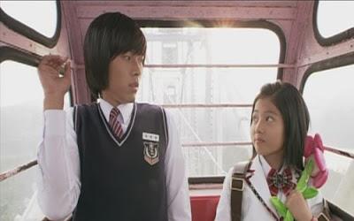 lucu ya mimik wajah Tae Wong & Bora kecil.. ^^