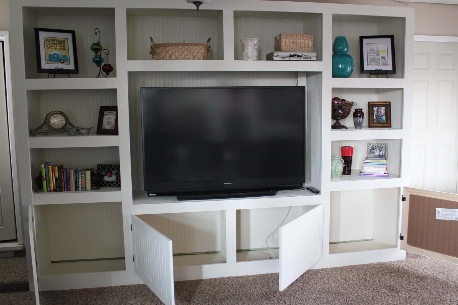 Remodelaholic living room renovation with diy for Living room entertainment centers