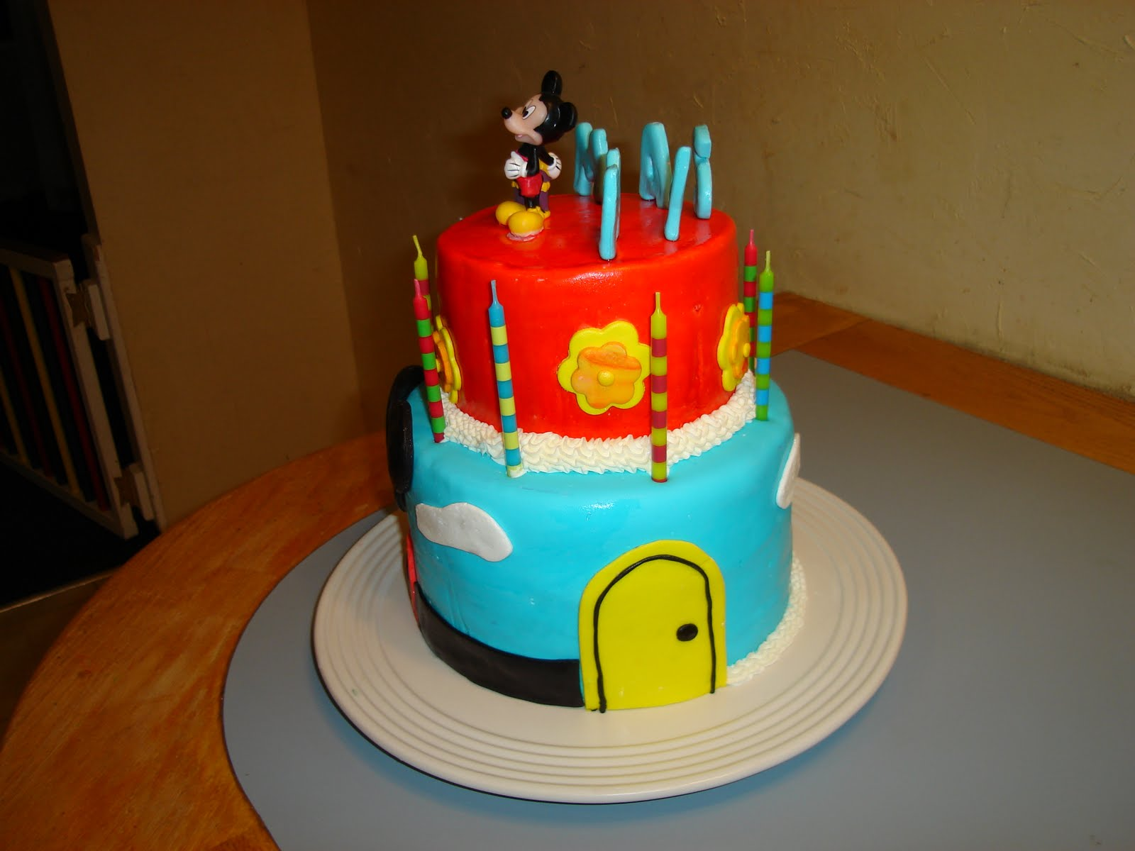 Kakie S Cakes Mickey Mouse Clubhouse Cake