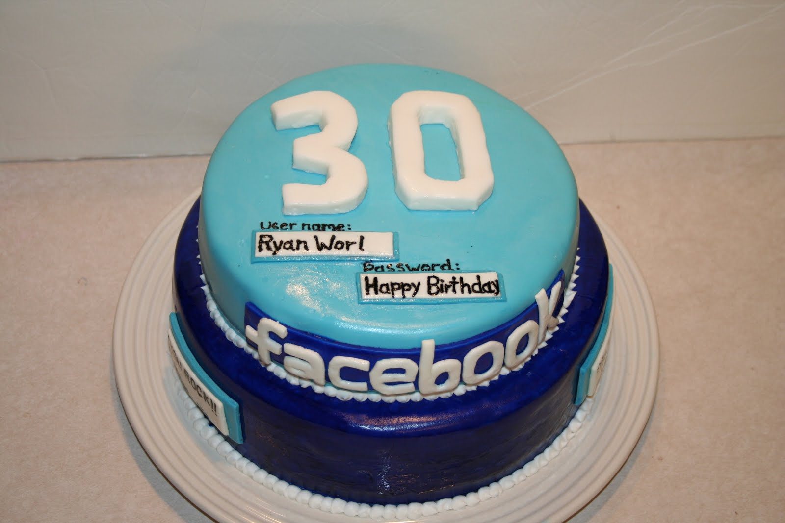 Birthday Cake Pictures To Facebook : Kakie s Cakes: Facebook Cake