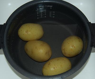 Enfriando las patatas cocidas