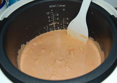La salsa: nata, tomate, agua, vino, etc.
