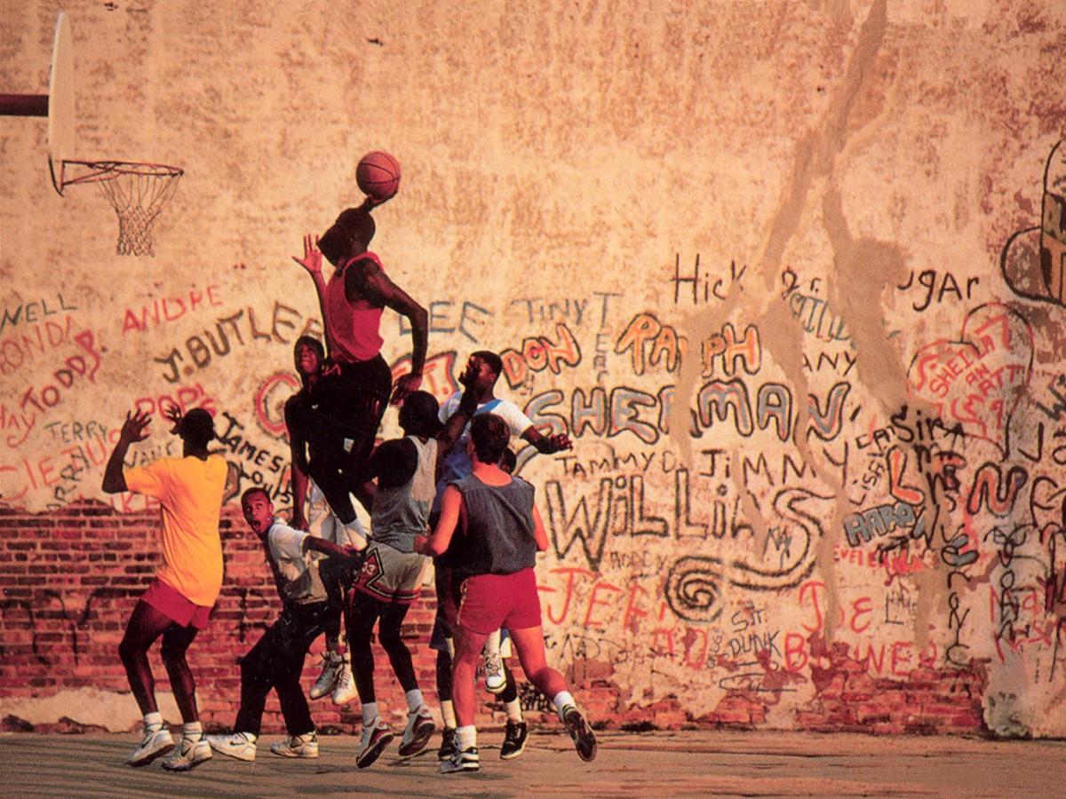 http://1.bp.blogspot.com/_1X3Xtp8HXQ8/TTOUW169gEI/AAAAAAAAAFU/ua82RXSnZpg/s1600/street_basketball-4639.jpg