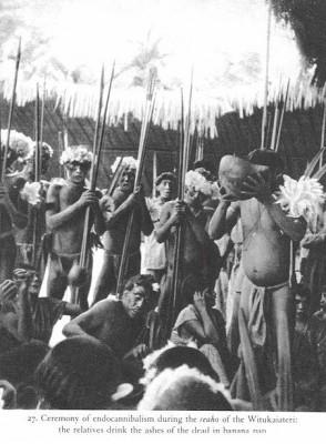Endocannibalisme : Praktek Memakan Tubuh Mayat Sebagai Ritual Pemakaman [ www.BlogApaAja.com ]