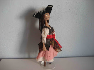 pirate doll, pegleg