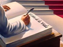 """Regalo """" libro de la vida """" de Lisandro."""