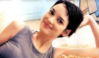 Welcome back, Winona! We missed your pixie ways!