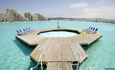 สระว่ายน้ำ ใหญ่ที่สุดในโลก by wowboom