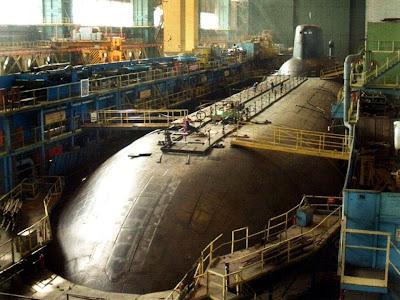 ไต้ฝุ่น เรือดำน้ำ ที่ ใหญ่ที่สุดในโลก