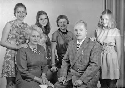 รูปครอบครัวของ อันเนลีส มิเชล
