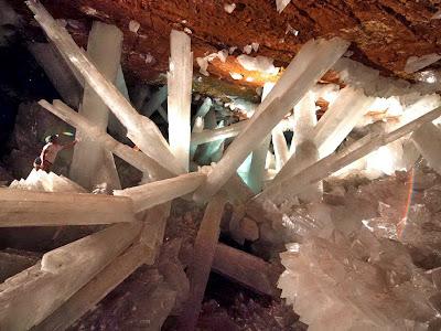 ถ้าคริสตัลยักษ์ Crystals Cave in Mexico