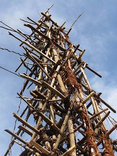 หอคอยไม้ สำหรับ บัมจี้จั๊มพ์ โบราณ
