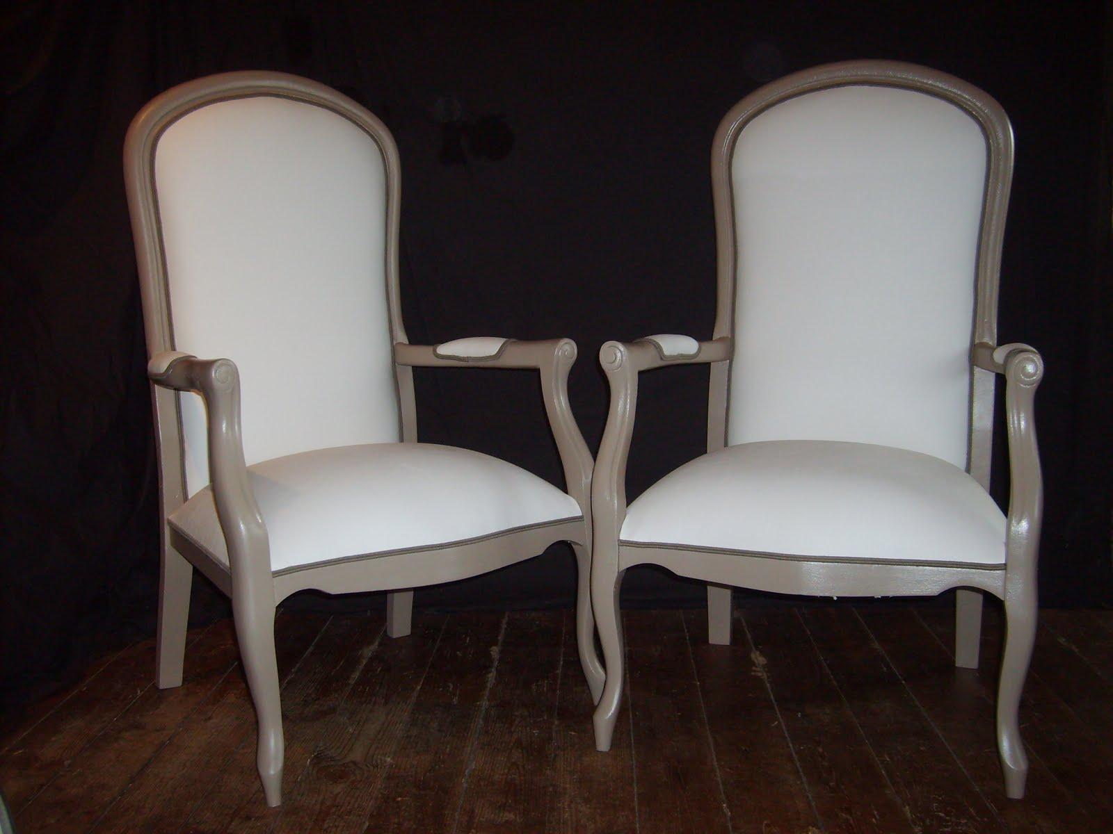 i was made by restauration de deux fauteuils voltaire. Black Bedroom Furniture Sets. Home Design Ideas
