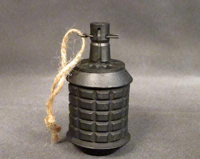 granada tipo 97