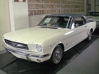 1964 12 Ford Mustang Convertible