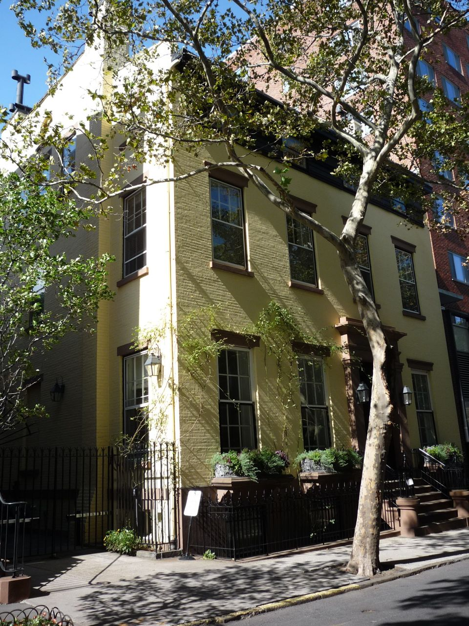 The advantages of a new perspective a literary walk in for 2 montague terrace brooklyn heights