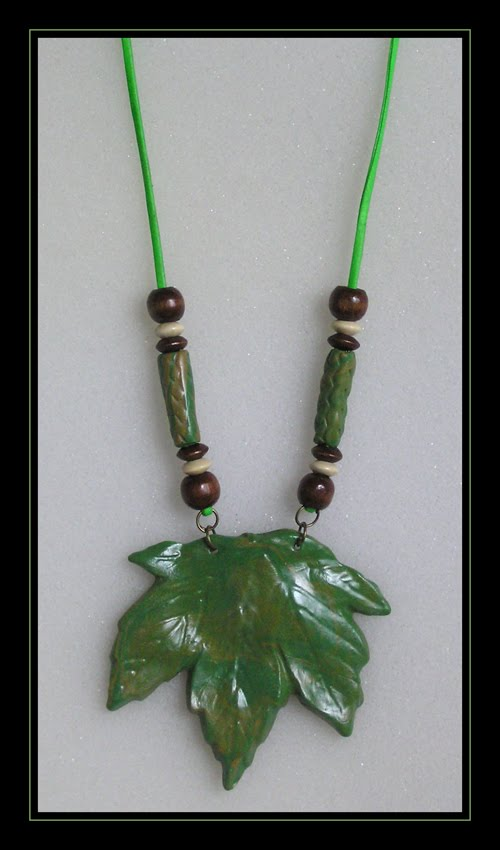 Green Leaf Necklace (art..2.2)