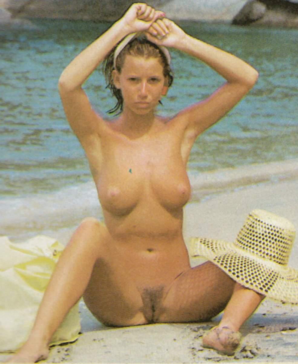 Jobert Nude