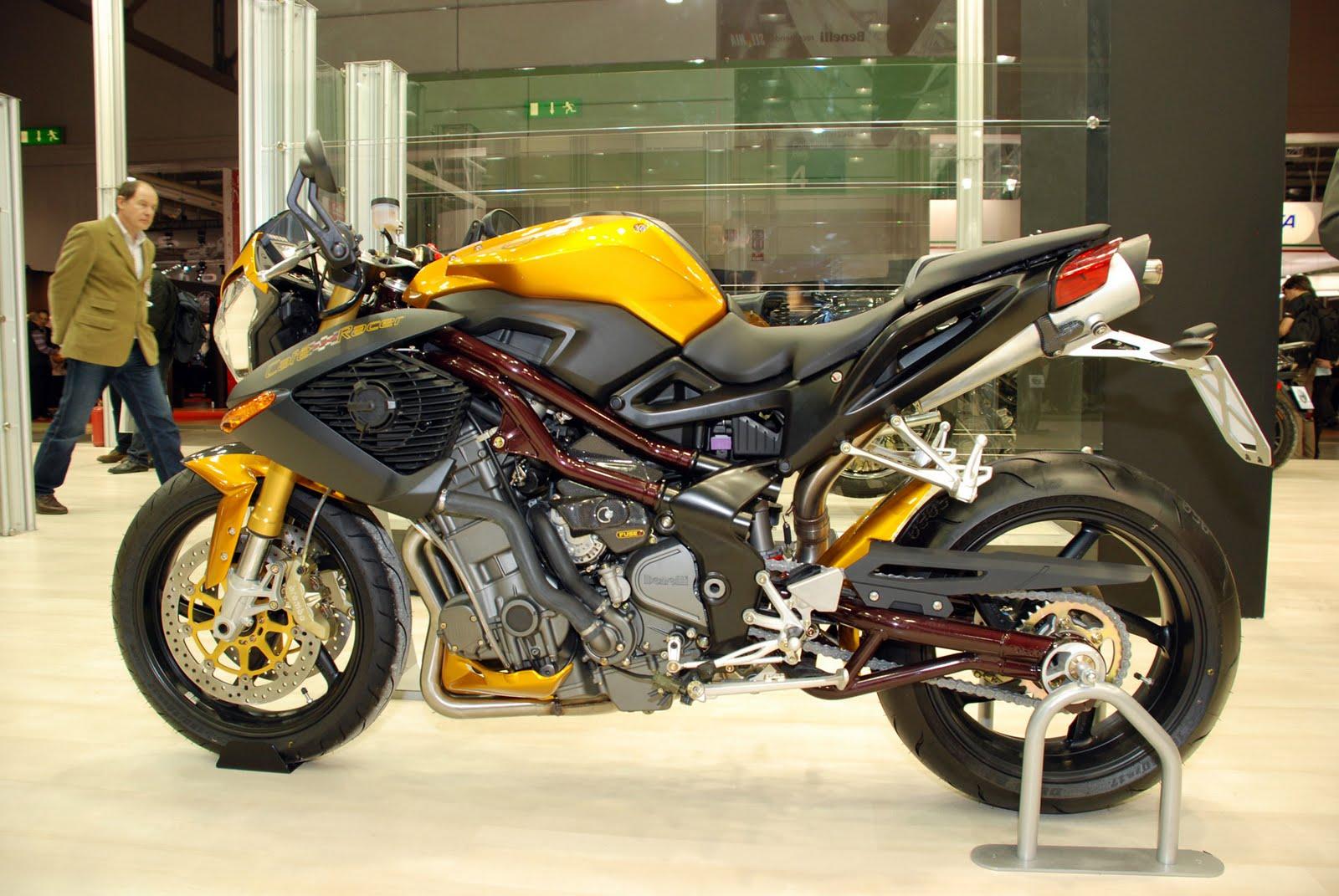 http://1.bp.blogspot.com/_1d1OMhUPzz8/S-ERspsjRnI/AAAAAAAADxY/SGqVe5tC9HE/s1600/2010-benelli-tnt-899-cafe-racer-eicma-6.jpg