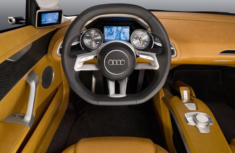 2010 Audi e-tron Concept interior