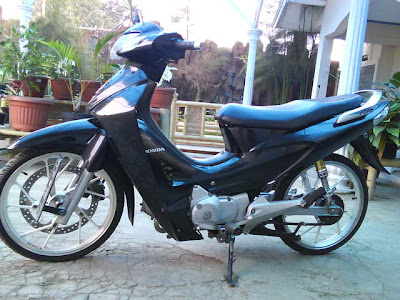 Picture of Motor Karisma Modifikasi