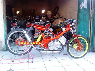 Modifikasi Suzuki Satria R150 Drag Race