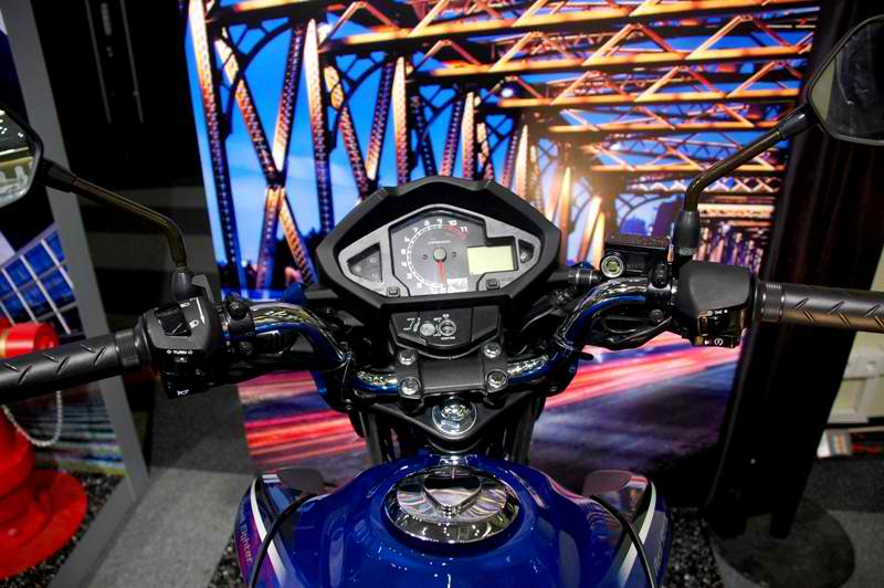 2010 New Honda MegaPro Vs New Yamaha Byson First Look