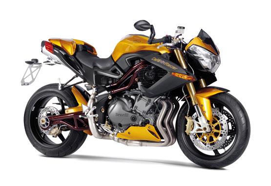 http://1.bp.blogspot.com/_1d1OMhUPzz8/TJviT2GsZBI/AAAAAAAAFWg/Ey1PprXKSEI/s1600/2010+Benelli+Cafe+Racer+1130.jpg