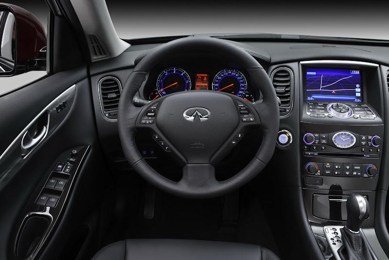 Infiniti EX30d Black Premium Interior