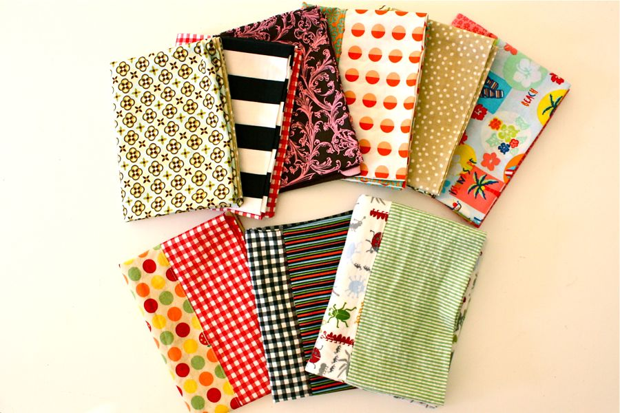I made pillowcases! Nine of them. And they were soooo easy. I mean like the easiest thing you can ever sew. The perfect project for beginners and kids!