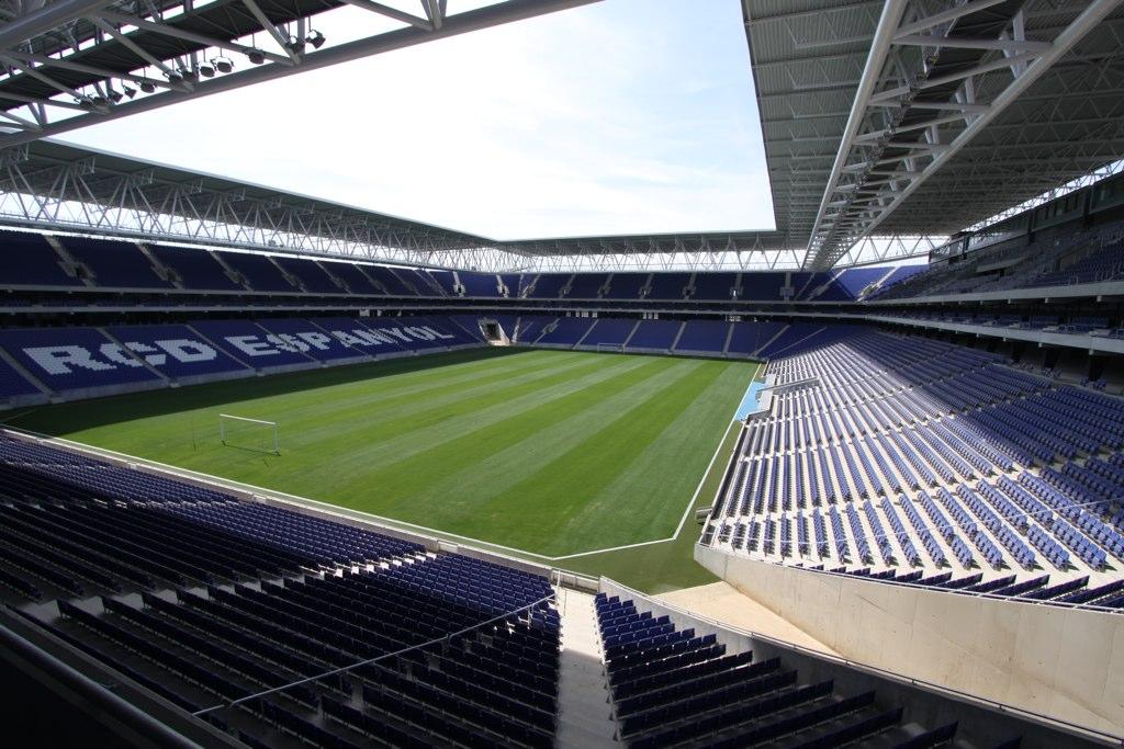 [Estádio+Cornellá-El+Prat+-+Barcelona]